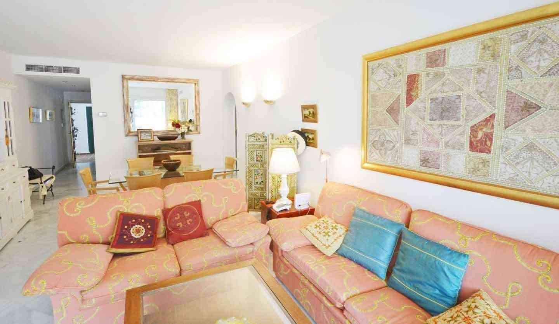 Alhambra del Mar Bonito Apartamento Con Terraza Privada
