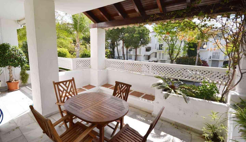 Alhambra del Mar Apartamento Con Terraza Privada En Venta